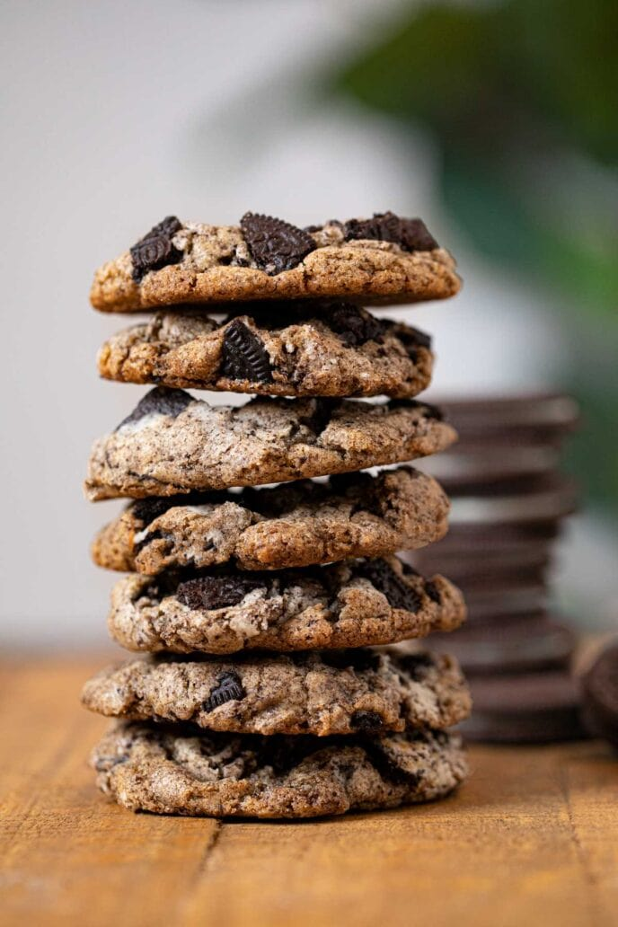 Oreo Chunk Cookies in stack