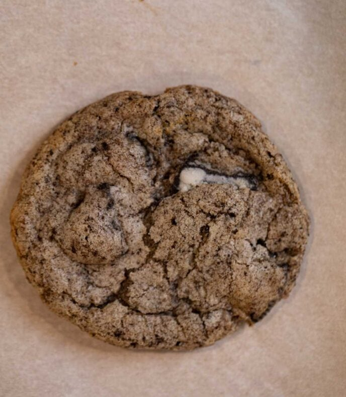 Oreo Chunk Cookies without rolling in chunks before baking