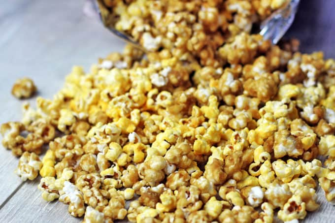 Salty & Sweet. Cheesy & Buttery! This Chicago Popcorn Mix is a fantastic mix of flavors commonly referred to as Chicago Popcorn! You've seen it in popcorn stores and in pre-made bags, but now you can make it at home!