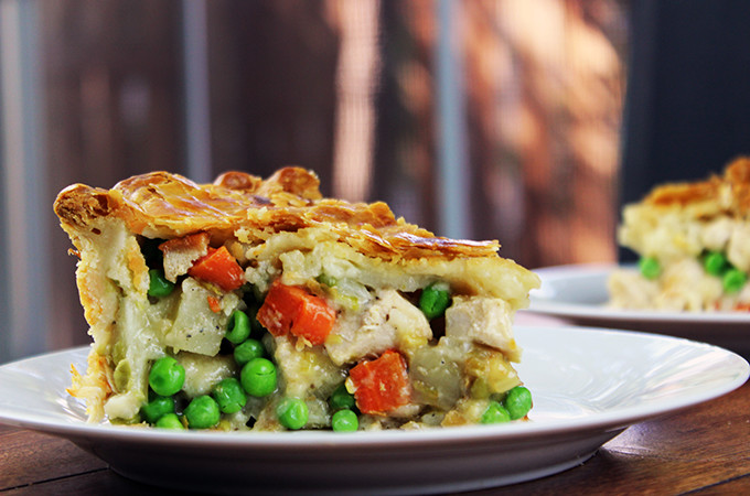 Flaky Classic Chicken Pot Pie