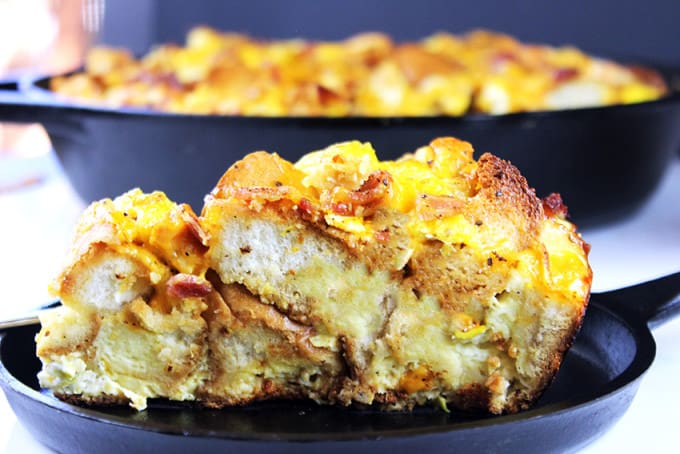 A quick and easy egg bake casserole with all the flavors and textures of a egg, bacon and cheese bagel sandwich. You can even make it ahead, the night before and just bake it off in the morning.
