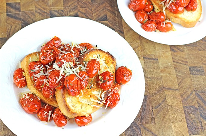 Roasted Garlic Tomatoes – Perfect Holiday Appetizer
