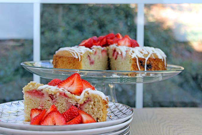 Strawberry Almond Milk Coffee Cake is a perfect option for anyone looking to avoid dairy (but was also enjoyed by a large group of people who didn't even realize it was dairy free!). Easy to make, tender crumb and delicious strawberries with crunchy almonds, this coffee cake is a perfect breakfast treat!