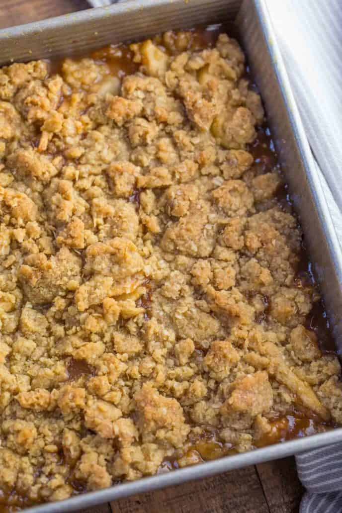 Best Apple Crisp with OUT oats [VIDEO] - Christina All Day