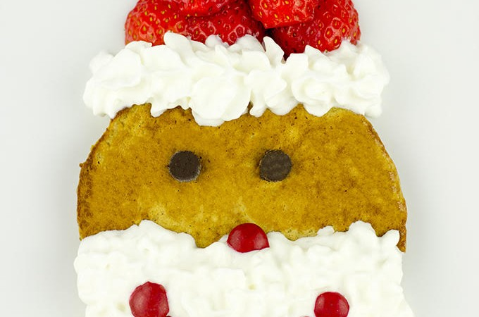 Strawberry Gingerbread Pancake Santas #FoodieMamas