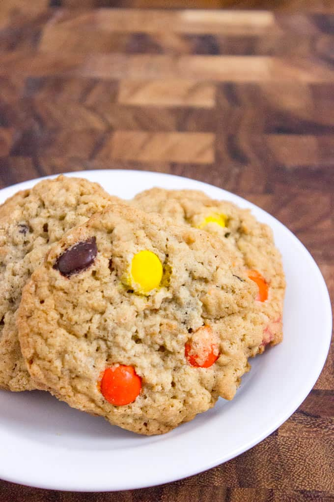 , crispy Oatmeal Reese's Peanut Butter Cookies full of oats, Reese ...