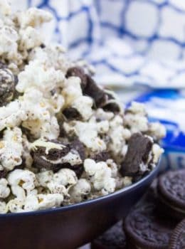 Oreo Popcorn needs only 3 ingredients and just a few minutes to make. It's guaranteed to make movie night a hit!
