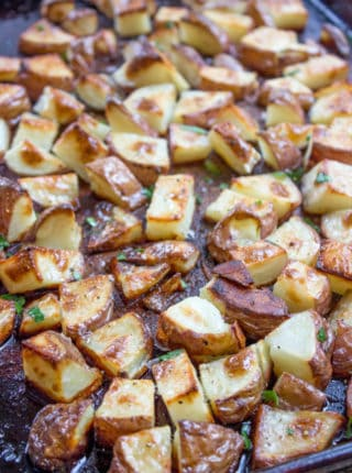 Roasted Red Potatoes are an easy side dish - bake red potatoes tonight!