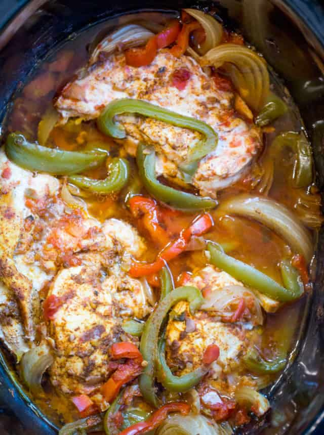 how to make chicken fajitas in slow cooker