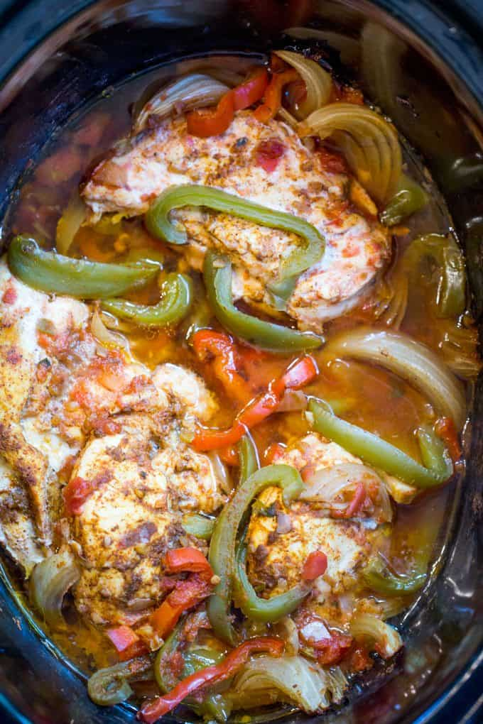 Slow Cooker Fajitas made with chicken