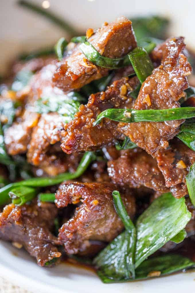 Easy mongolian beef dinner then dessert mongolian beef thats easy to make in just 30 minutes crispy sweet and full forumfinder Image collections