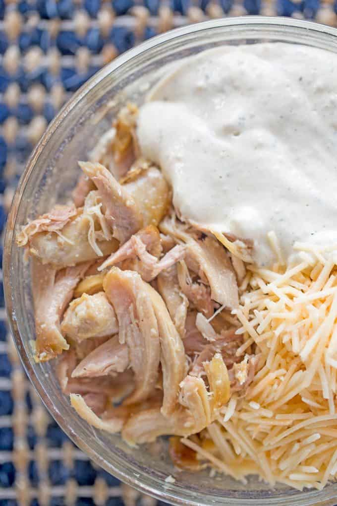 Slow Cooker Chicken Caesar sandwich ingredients