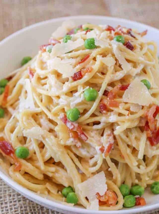 Easy Bacon Carbonara Pasta