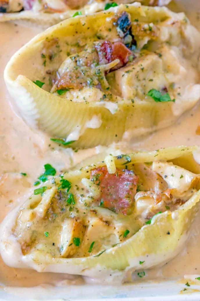 Stuffed shells with chicken and bacon