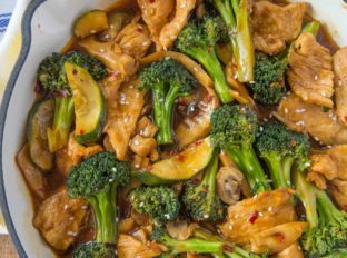 Hunan Chicken Stir-Fry
