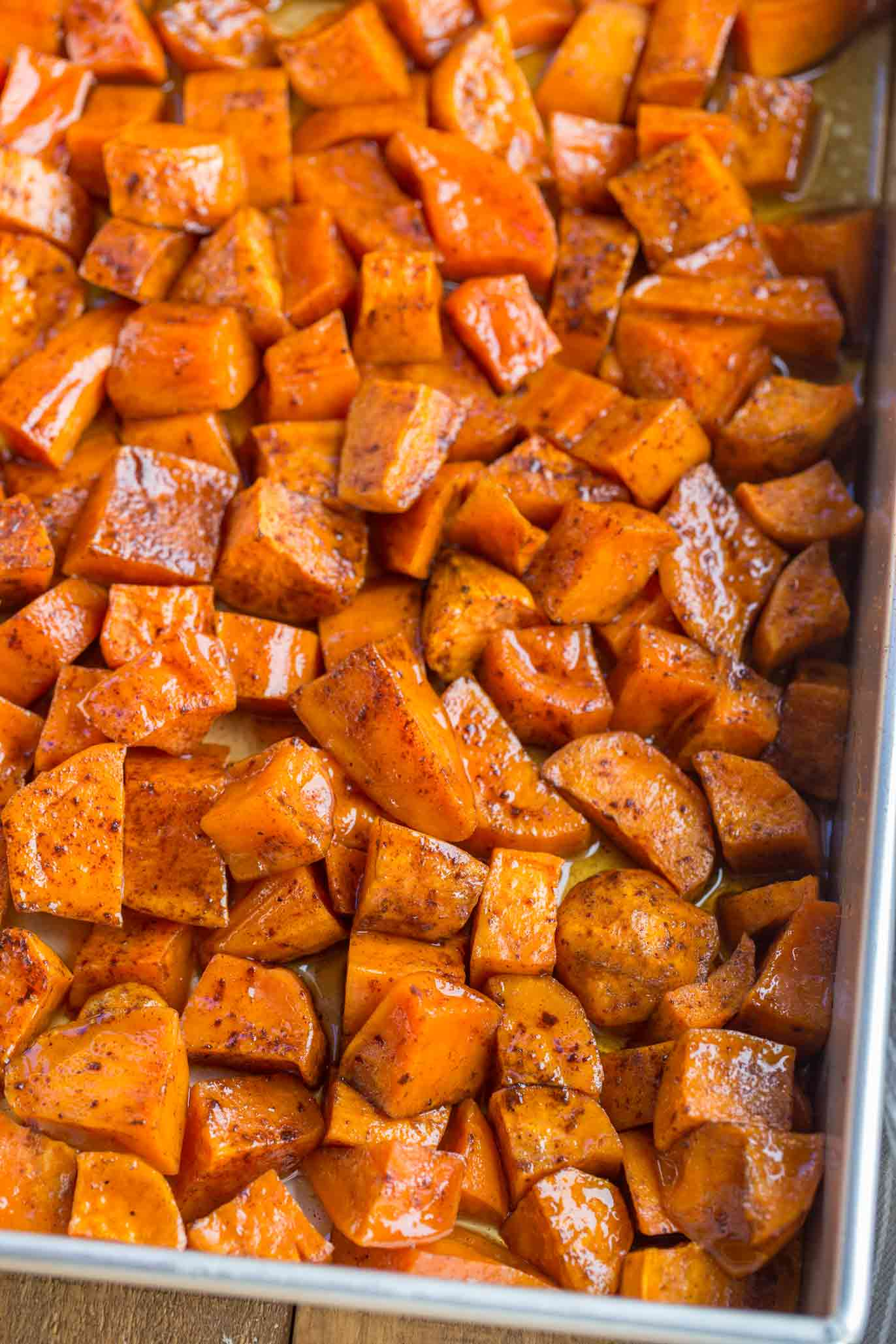 Candied Thanksgiving Yams with Cinnamon