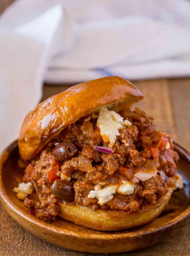 Sloppy Joes with feta and olives