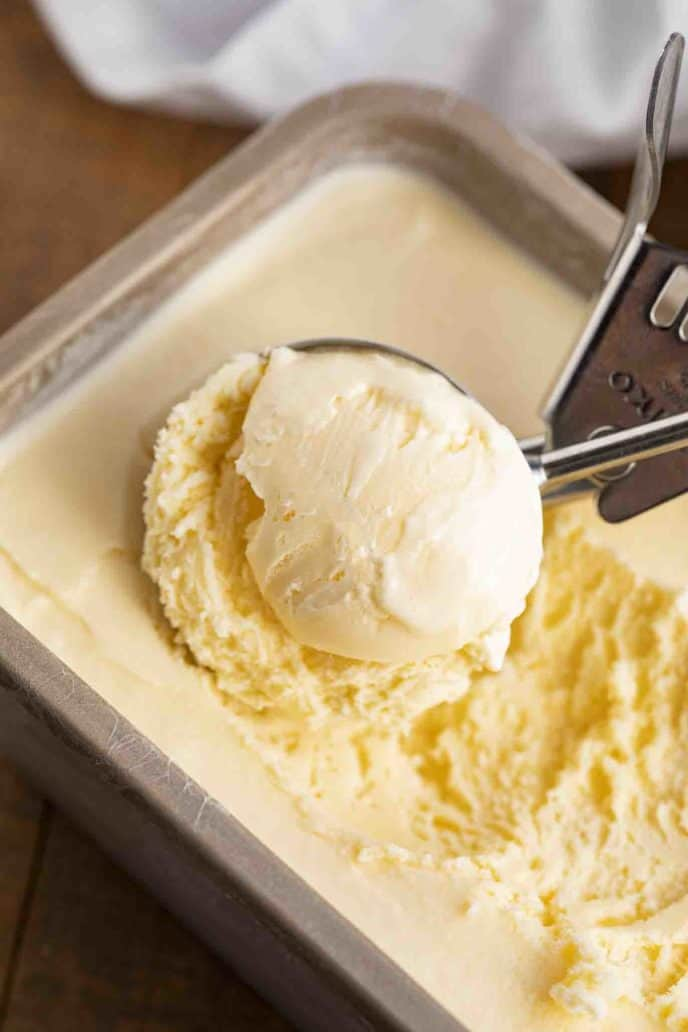 Creamy Easy Vanilla Ice Cream