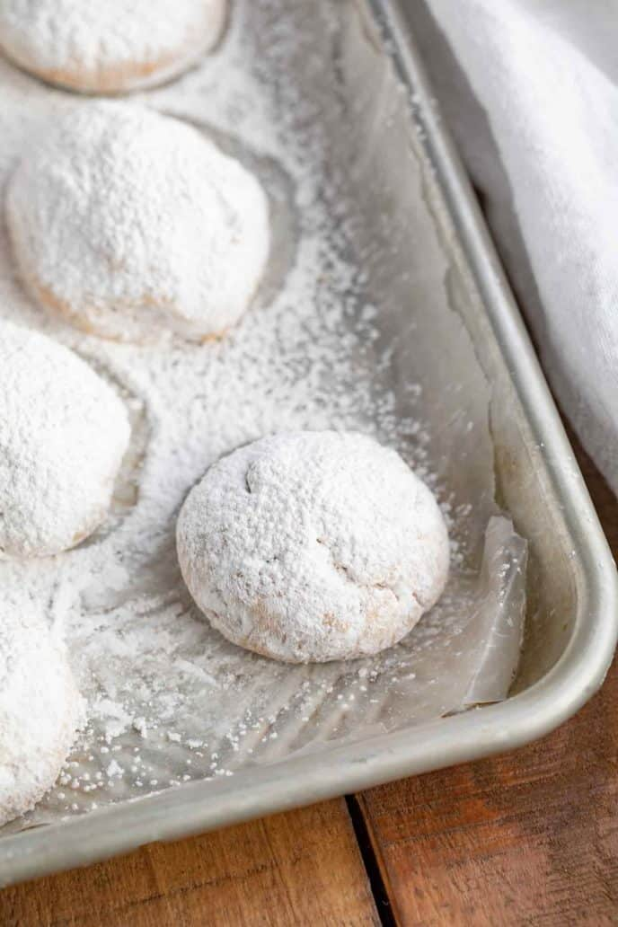 Powdered Sugar rolled Mexican Wedding Cookies