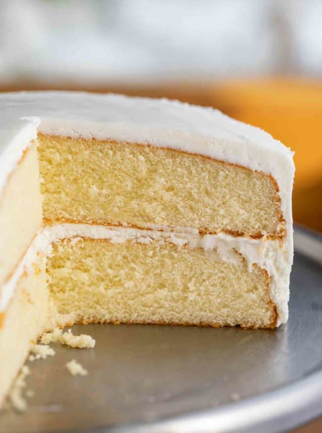 Vanilla Cake with Buttercream