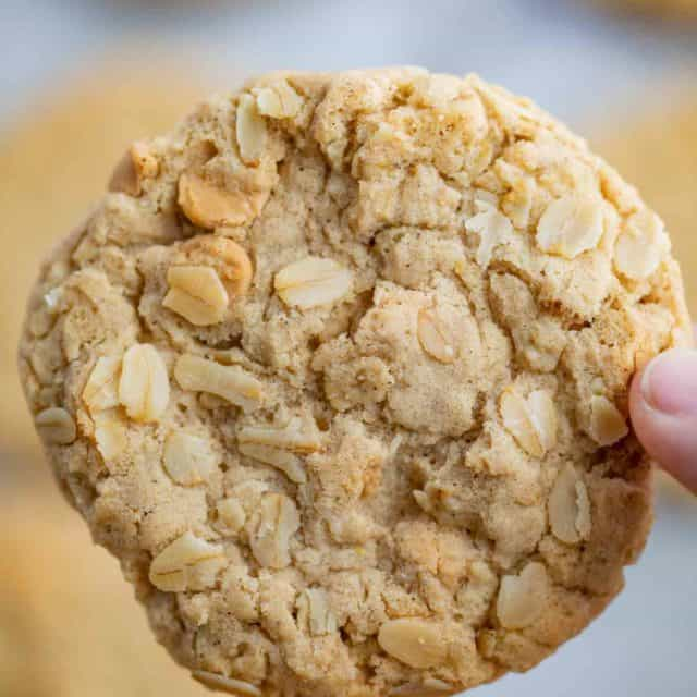 Chewy Oatmeal Scotchies Recipe