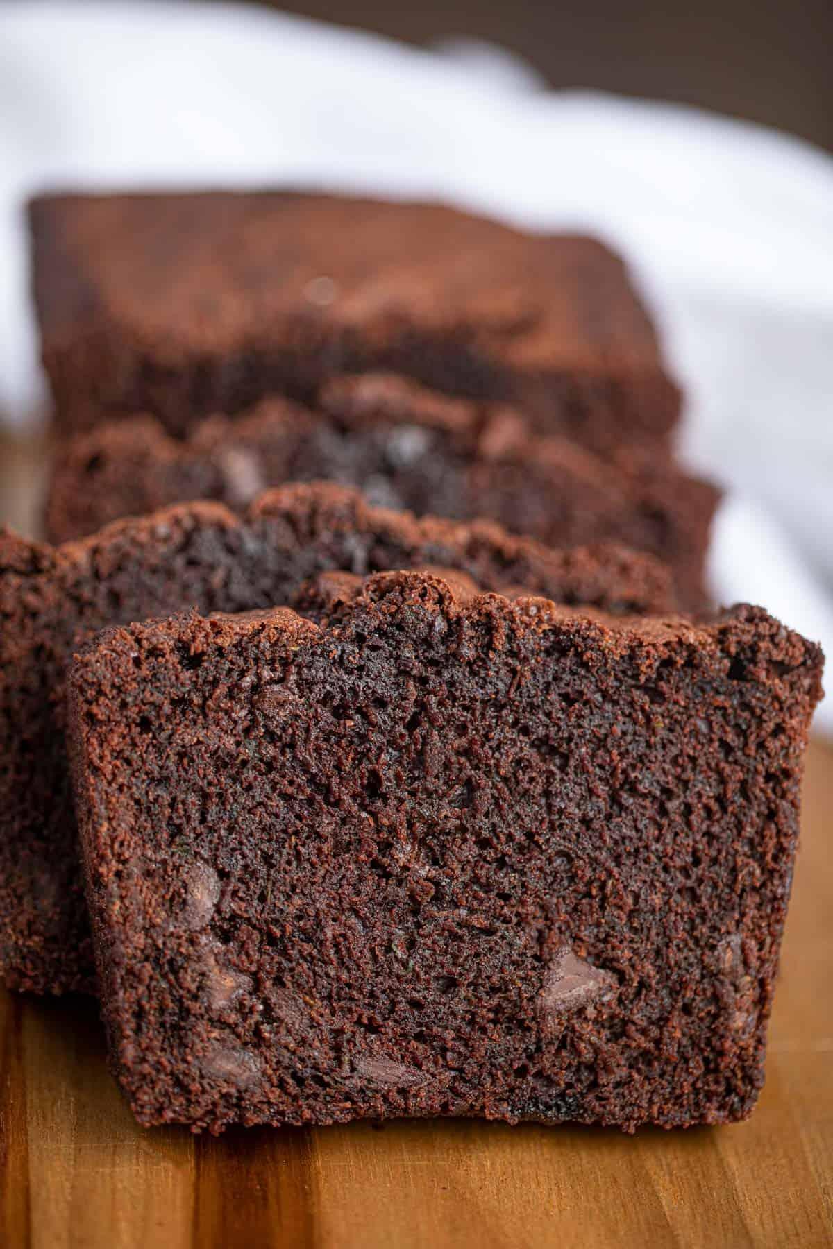 Chocolate Zucchini Bread So Chocolatey Amp Rich Dinner