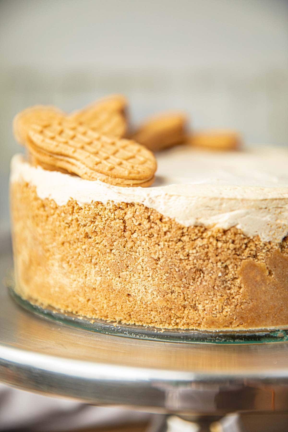 Whole Peanut Butter Pie with Nutter Butter Crust on Cake Stand