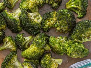 Roasted Broccoli in glass dish