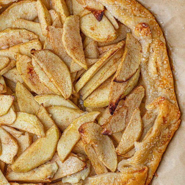 Apple Crostada