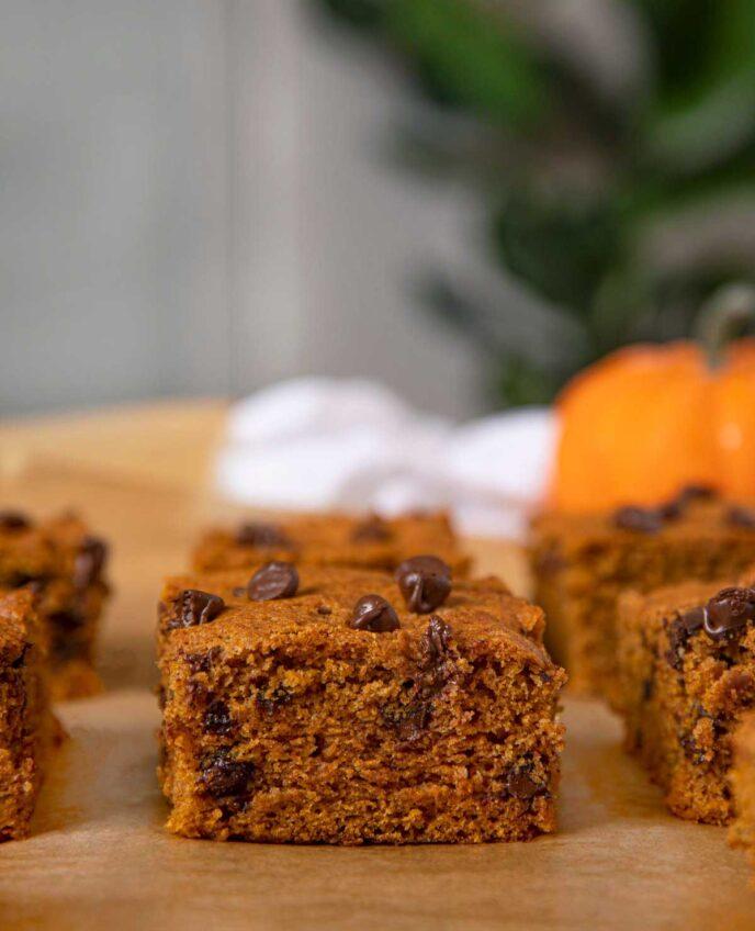 Pumpkin Chocolate Chip Bars close up