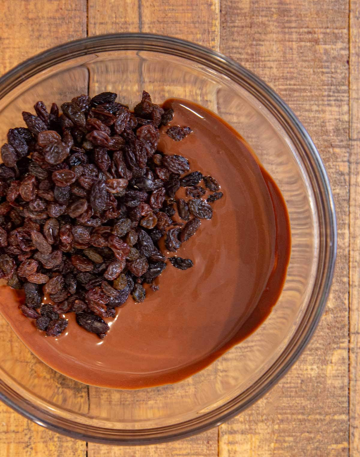 raisins in melted chocolate