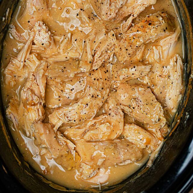 Crockpot Chicken Breasts with Gravy
