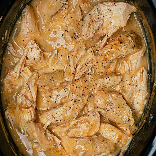 Cooked Crockpot Chicken Breasts with Gravy