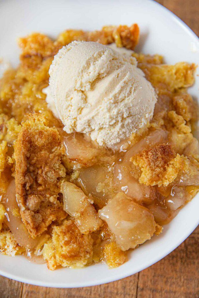 Apple Crumble with Vanilla Ice Cream