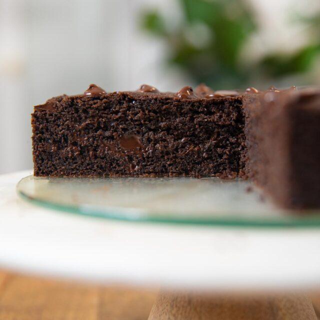 Chocolate Yogurt Cake on cake stand