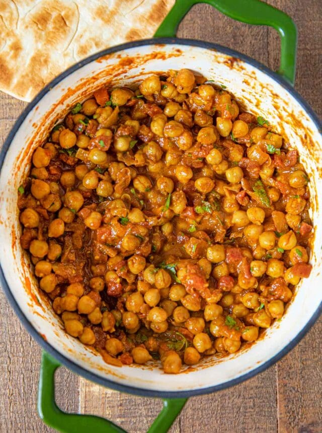 Chana Masala in green pot