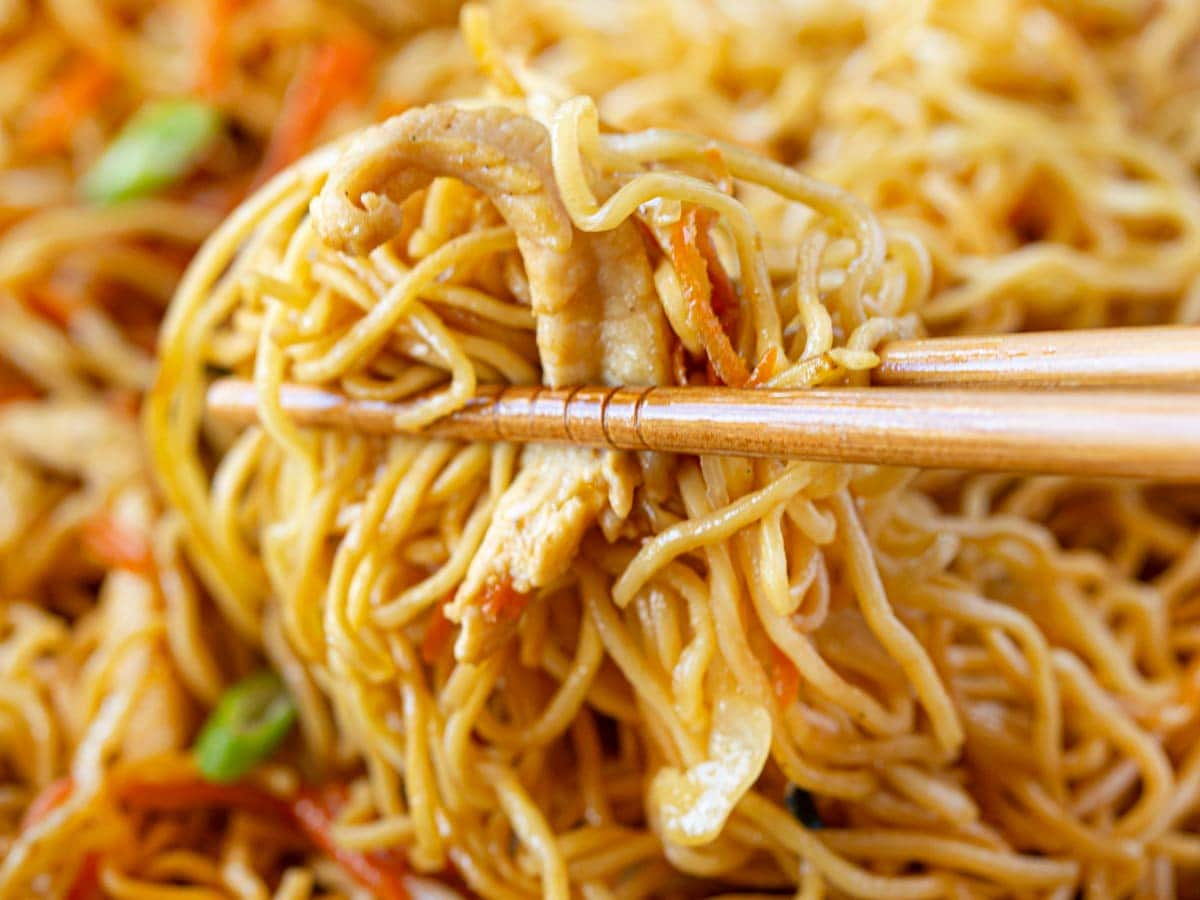 The Best Chicken Chow Mein