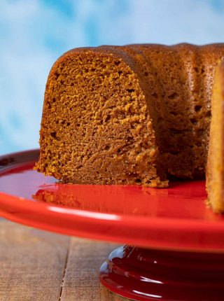 Pumpkin Bundt Cake on cake stand