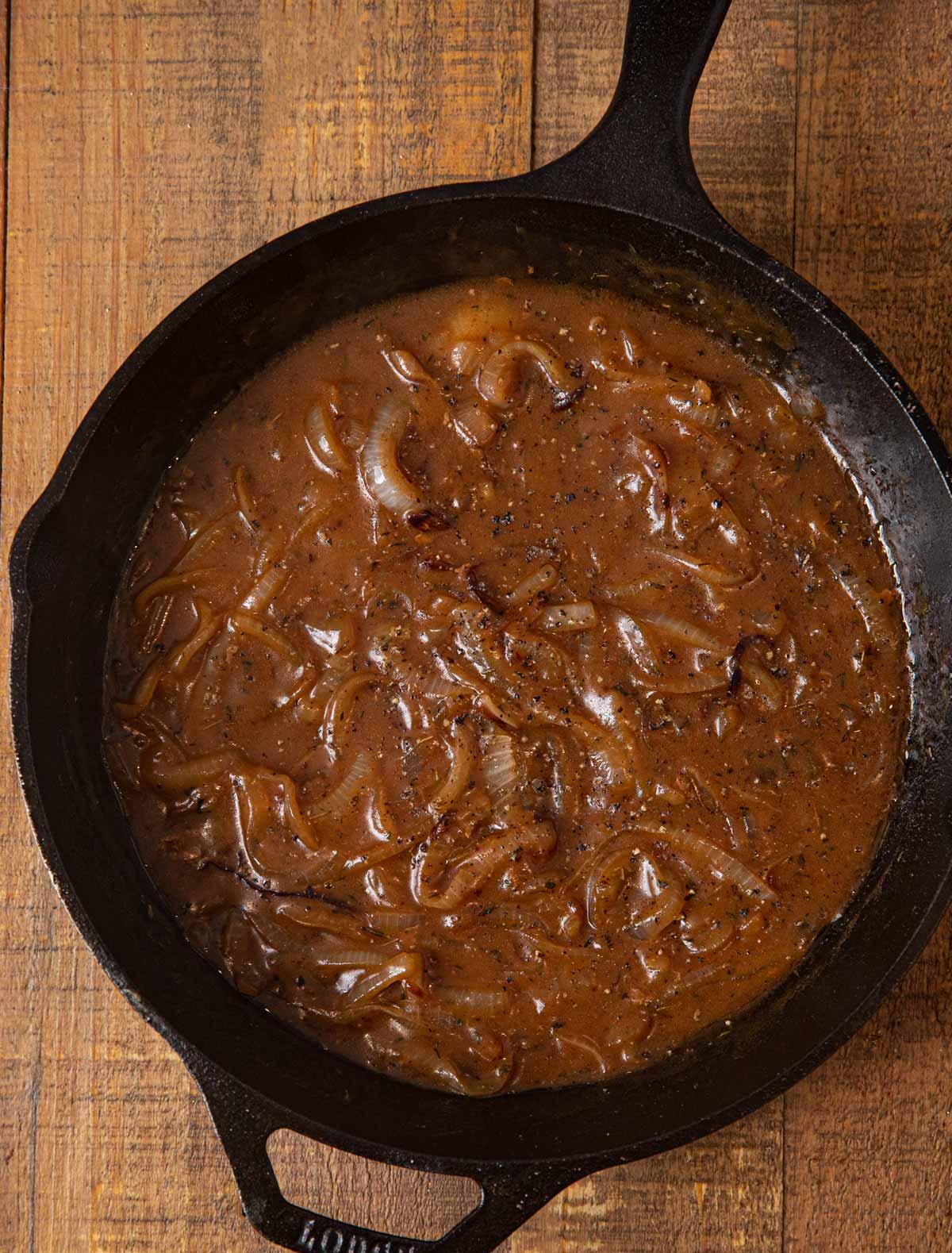Cube Steak and Gravy gravy in skillet