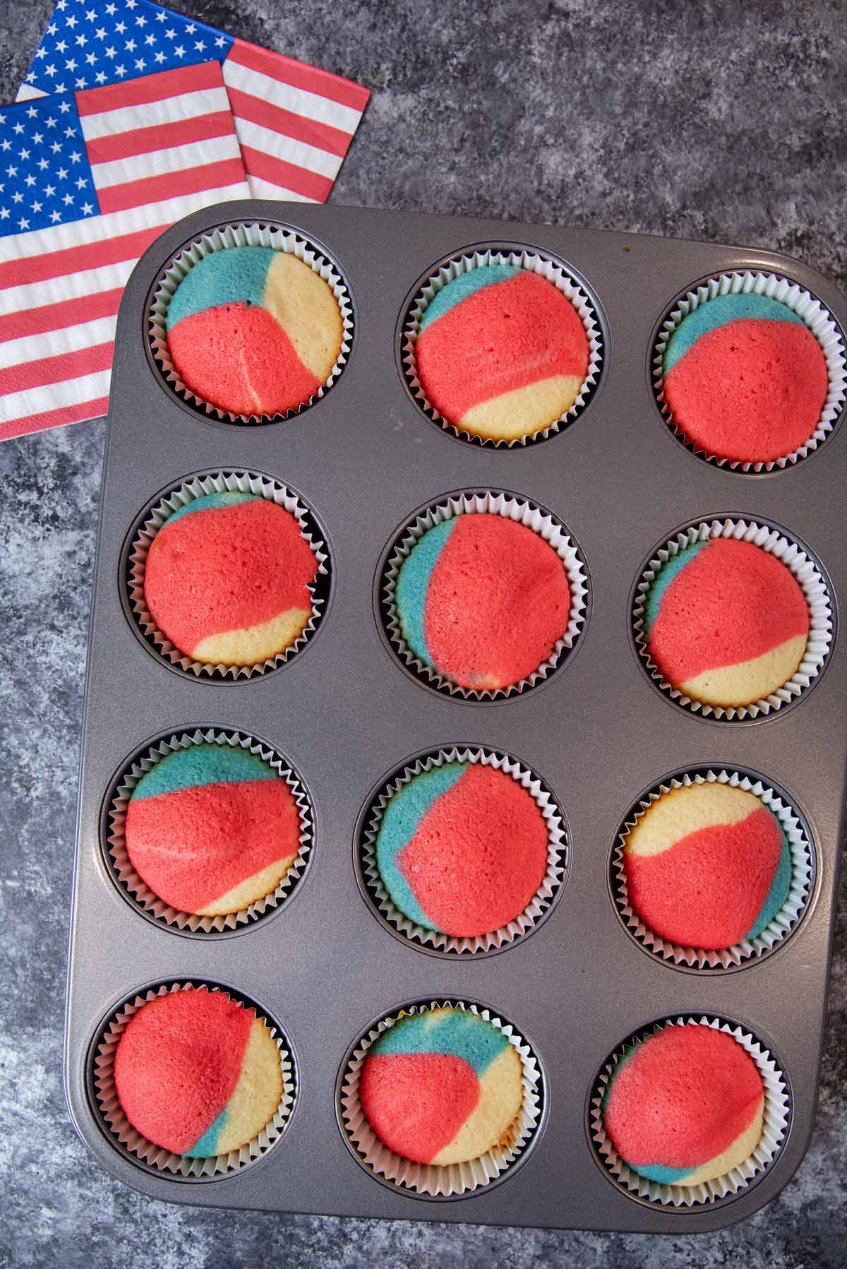 4th of July Cupcakes in cupcake tin