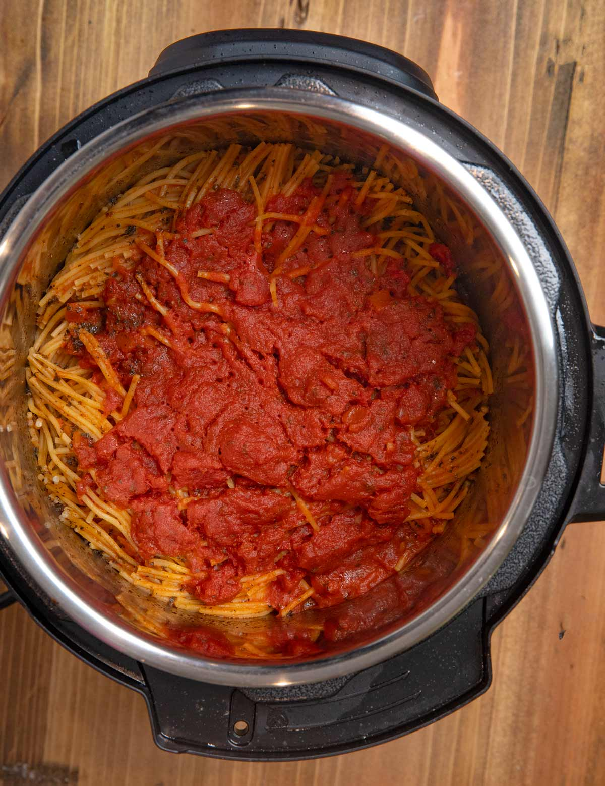 Instant Pot Spaghetti and Meatballs cooked spaghetti and pasta sauce in pressure cooker