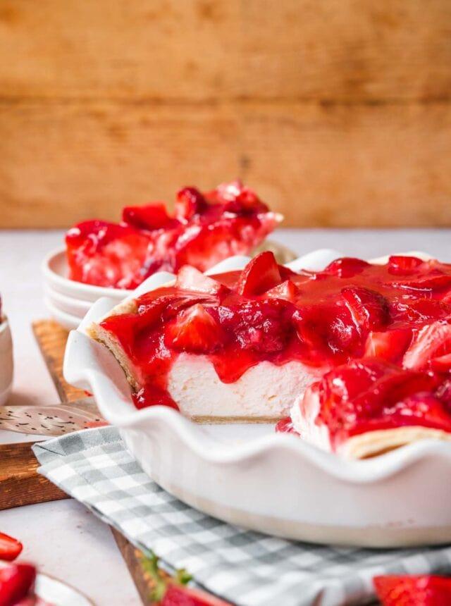 Strawberry Cream Cheese Pie in pie plate